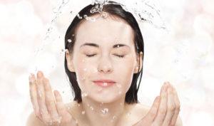 Rửa Mặt Bằng Sữa Tươi Giúp Da Đẹp Tuyệt Vời