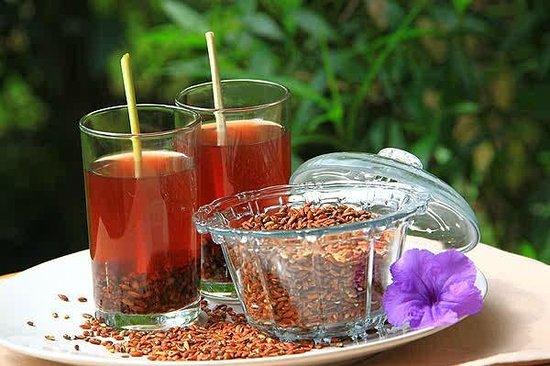 Nước gạo lứt hay trà gạo lứt giảm cân rất tốt