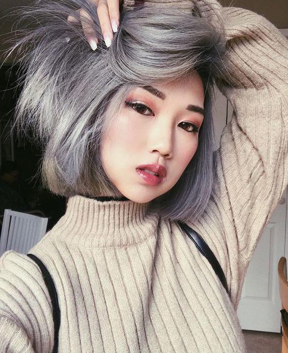 Màu tóc xám khói trẻ trung, cá tính