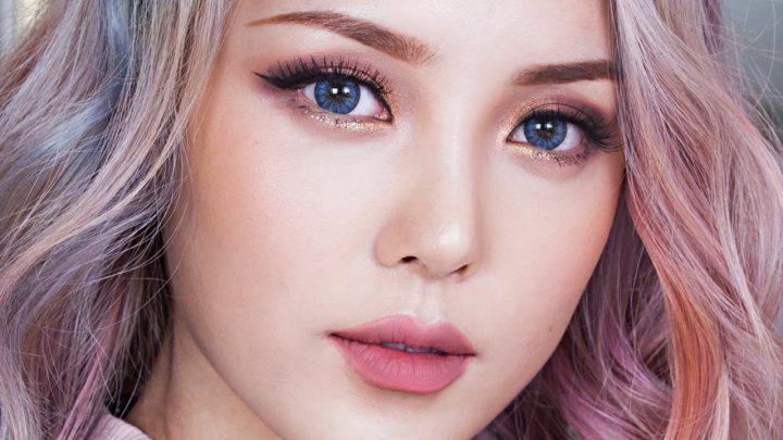 Son màu hồng đất cực ấn tượng trên môi cô nàng Pony